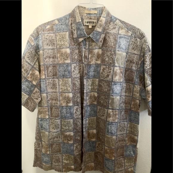 Men's Hawaiian style shirt